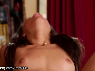 Veronica Rodriguez Squirts on Teens Face