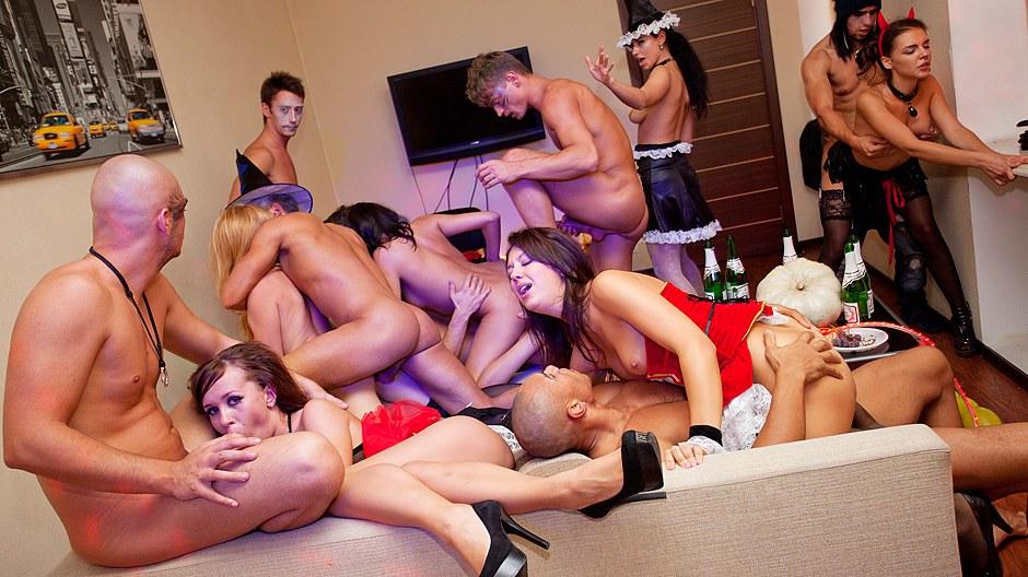 Эротические порно розыгрыши, порно с негритоской с хорошей фигурой