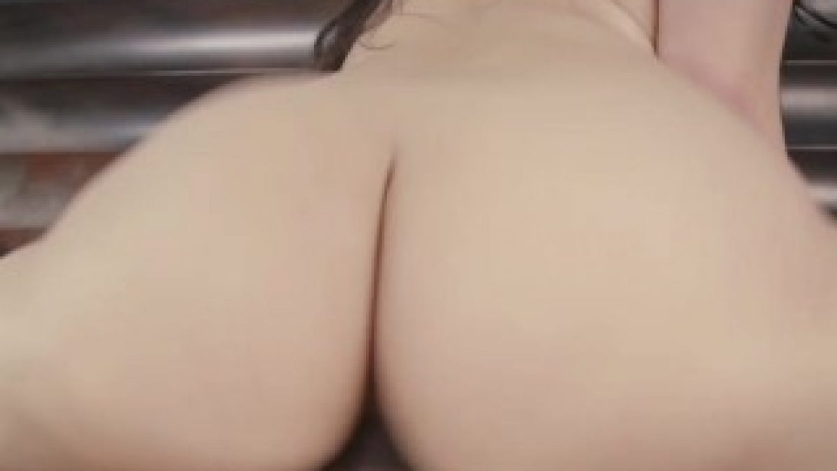 Big Booty Thong Gets Fucked