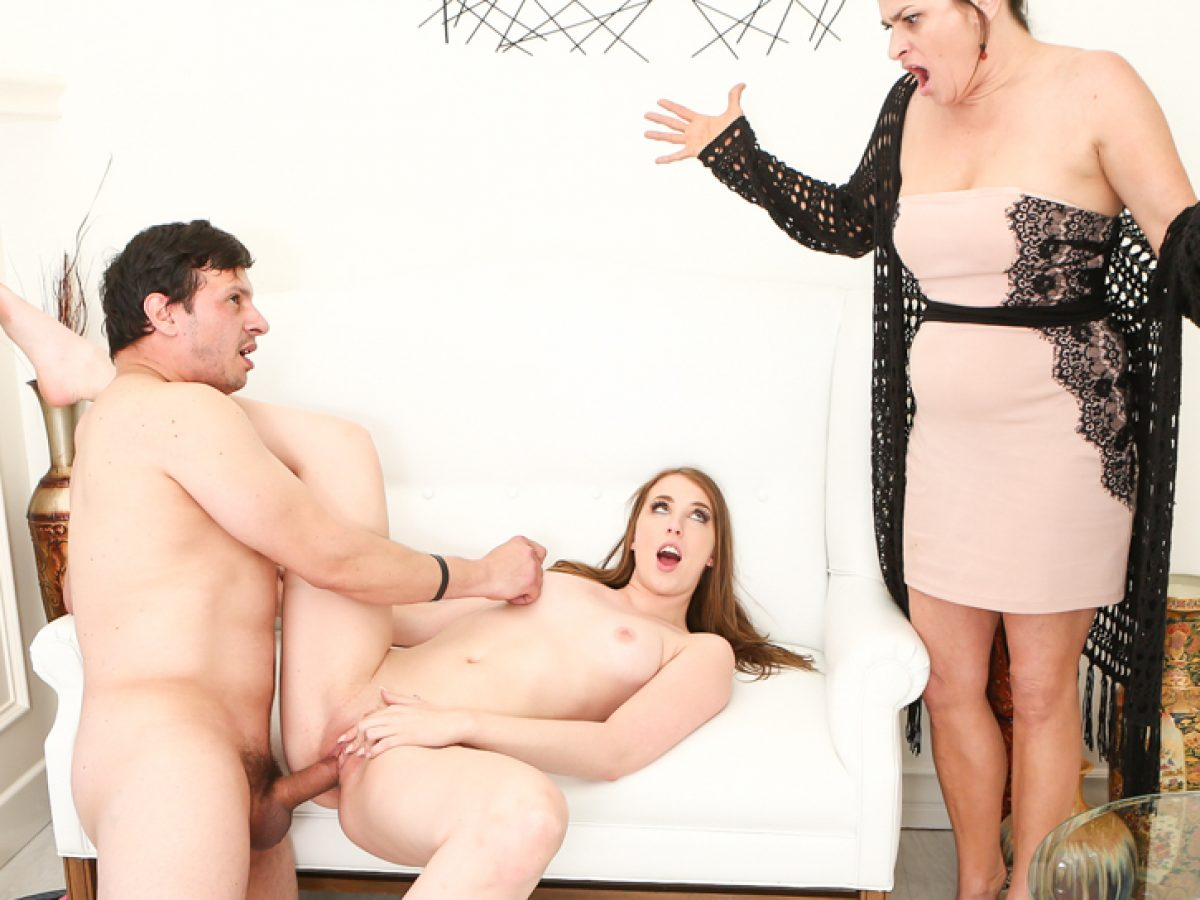 Daughter Fucks Mom Boyfriend